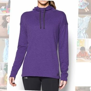 NWT Under Armour hooded running top Small